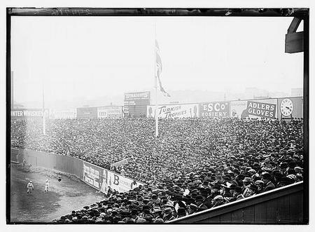 Boston vs. New York Polo Grounds 1912.jpeg